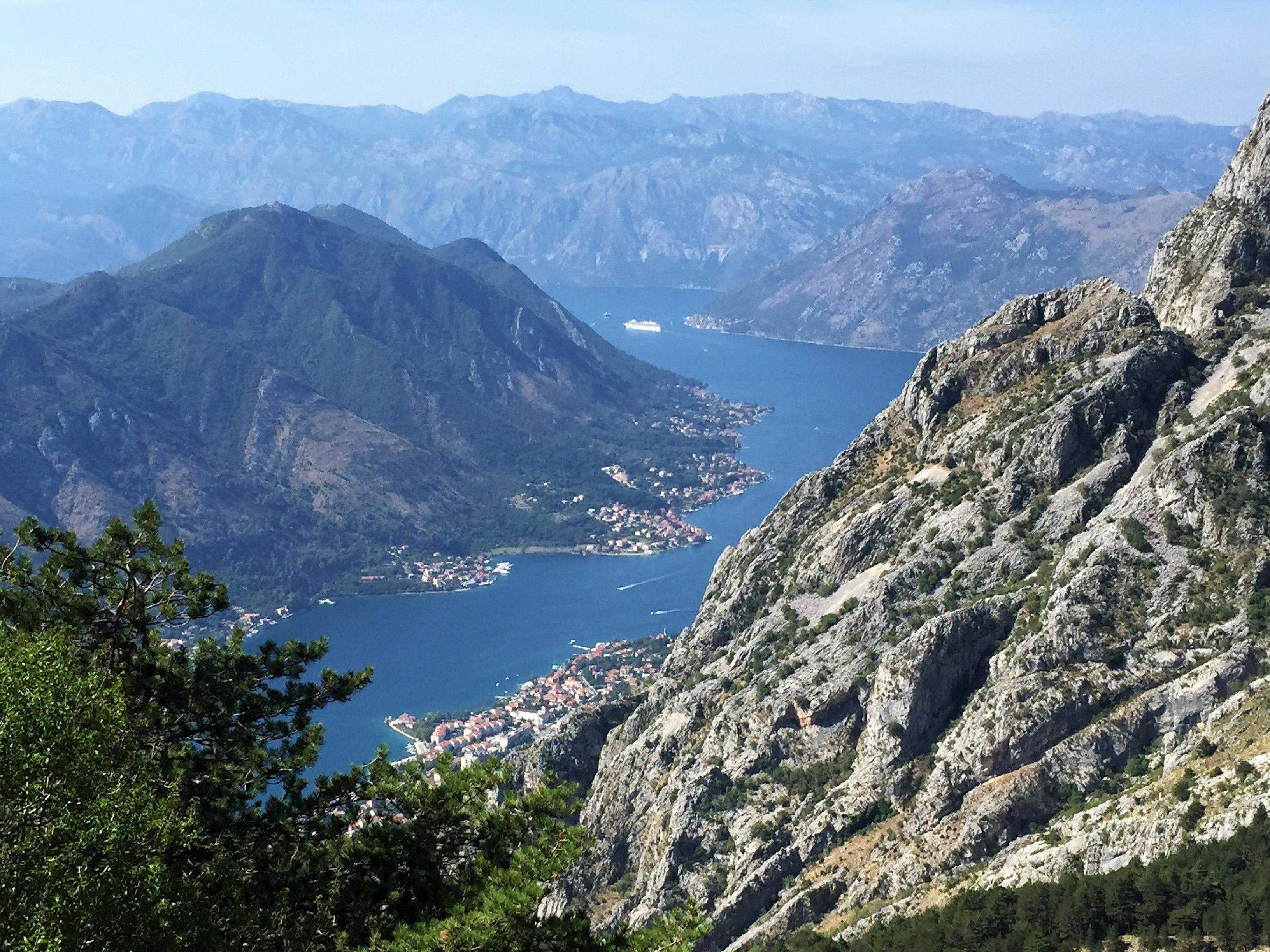 Gratis Afbeeldingen : landschap, zee, wildernis, wandelen, berg
