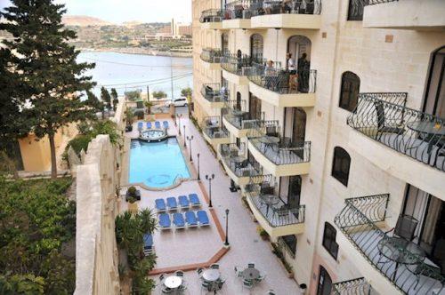 8 daagse vliegvakantie naar White Dolphin Holiday Complex in qawra, malta