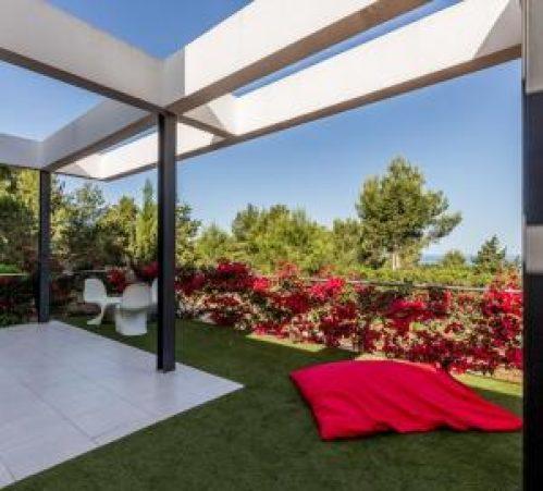 Comforatabele Villa in Cala Tarida Ibiza