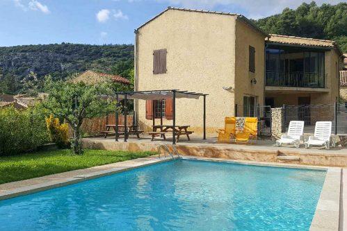 Vakantiehuis met zwembad in Provence-Côte d'Azur in Beaumont-du-Ventoux (Frankrijk)