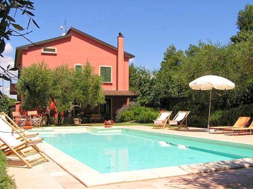 Vakantiehuis met zwembad in Umbrië in Vaiano (Italië)